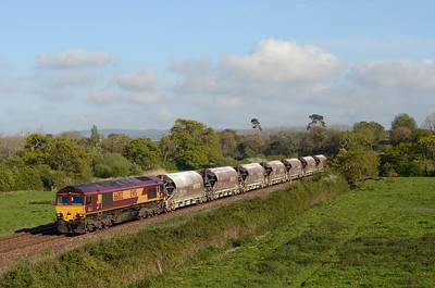 66002 passes Matford, Exeter with 6C53 12:29 Parkandillack to Exeter Riverside