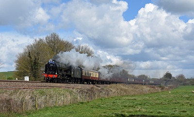 Heading home from a team meeting, clouds breaking, stiff breeze.... Where to go... Head to Silverton... Clouds break sun out... What happened next? Smoke didnt block out the train....  46100 T and T 57316  1Z82 0844 London Victoria to Plymouth, Silverton 1416